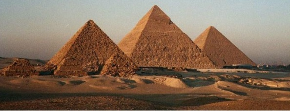 Sorprendente hallazgo de tuneles bajo las piramides de Giza